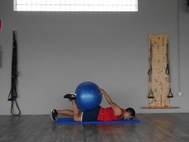 Flexión De Rodilla Sobre Fitball, paso 14