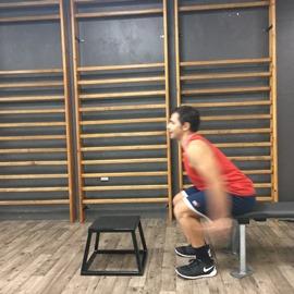 Sentadilla Desde Sentad@ Saltando A Escalón, paso 3
